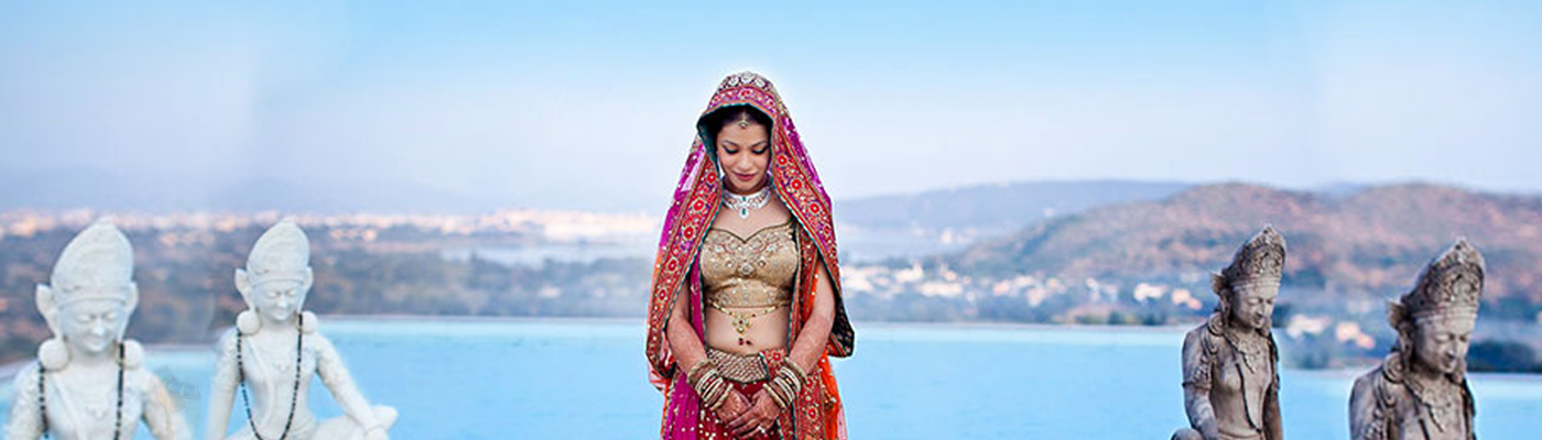 Best Bridal Makeup Artist, Hairstyle and Bridal Mehandi in Delhi